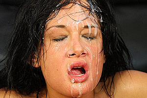 Tory Lane Gets A Facial